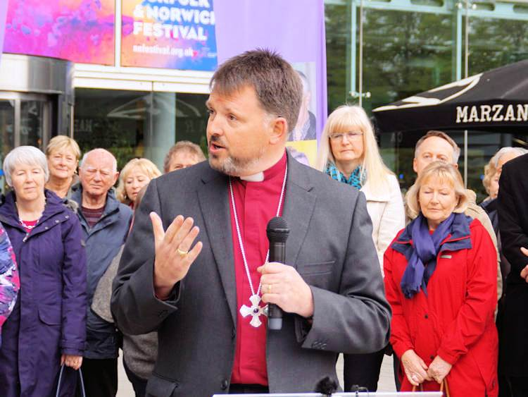 GRAHAM USHER 4 diocese of norw